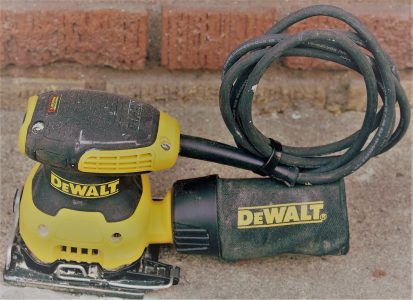 SQUARE PALM SANDER RENTAL | Rent A Tool in NYC