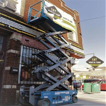 Rent A scissor Lift in Brooklyn