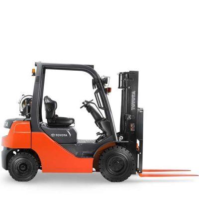 Forklift 5000 LB Cap. - Diesel